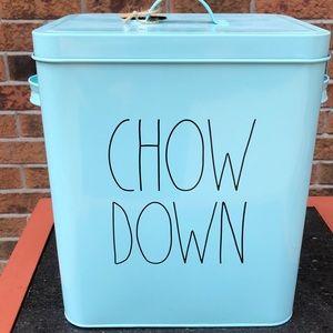 🆕😻🐶 Rae Dunn - Pet Food Storage bin/container